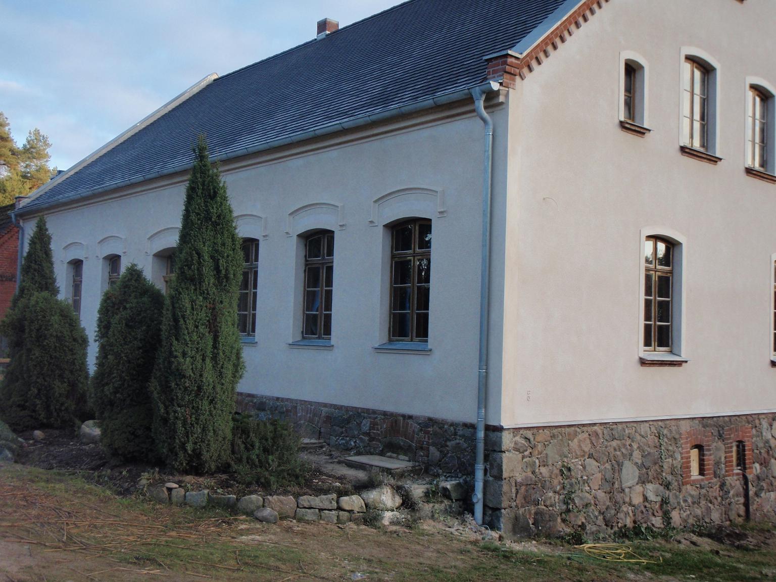 Alte fassade neu verputzen great alte fassade sanieren neue fassade verputzt with alte fassade - Feuchte wande sanieren ...